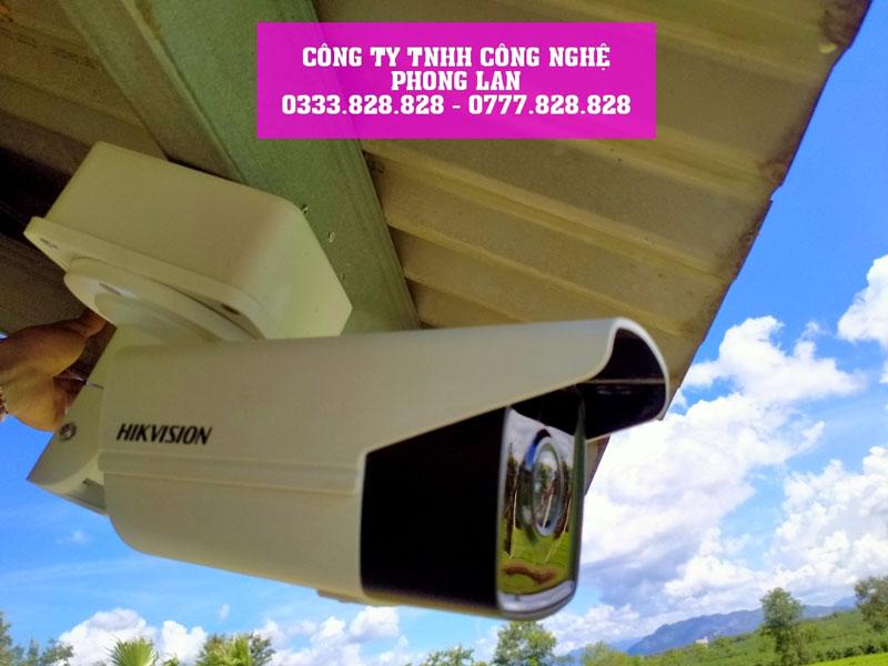 lap-dat-bo-camera-ip-8-0mpx-tai-cong-truong-dang-thi-cong-bao-lam-2