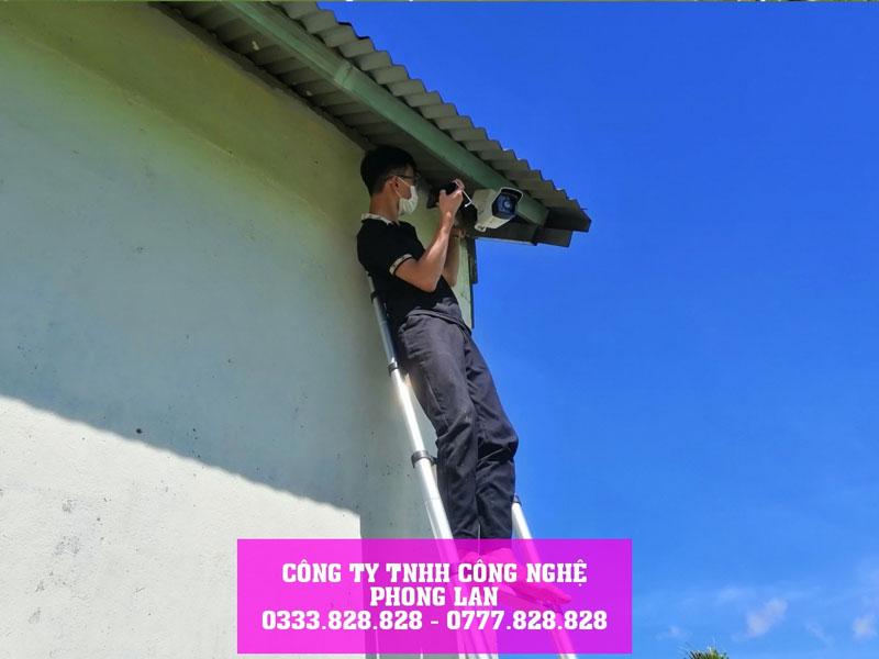 lap-dat-bo-camera-ip-8-0mpx-tai-cong-truong-dang-thi-cong-bao-lam-6