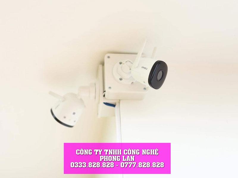 lap-dat-camera-cho-nha-moi-gia-dinh-ban-pham-binh-son-camera-phonglan-2