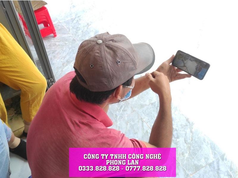 lap-dat-camera-quan-sat-gia-dinh-nha-anh-cuong-camera-phonglan-6