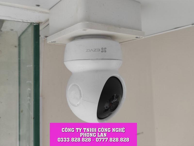 lap-dat-camera-cua-hang-may-va-hieu-vai-tai-ho-tung-mau-bao-loc-camera-phonglan-5