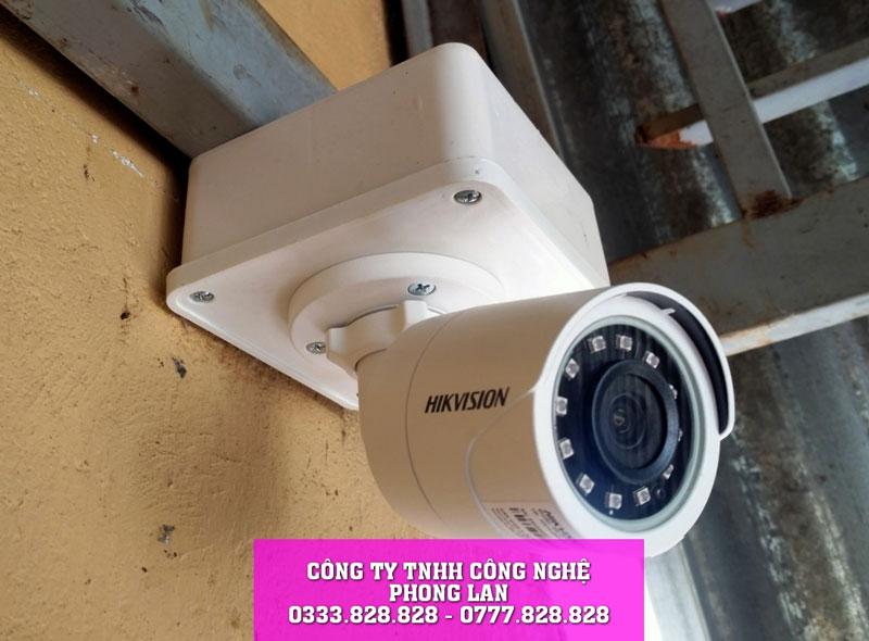 lap-dat-camera-nha-co-tai-loc-ngai-bao-lam-camera-phonglan
