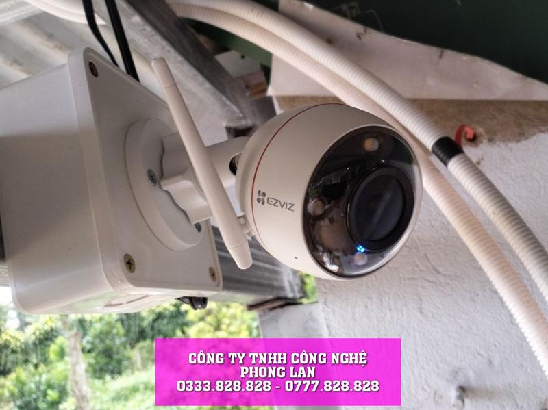lap-dat-camera-nha-khach-hang-tai-loc-an-bao-lam-camera-phonglan-4